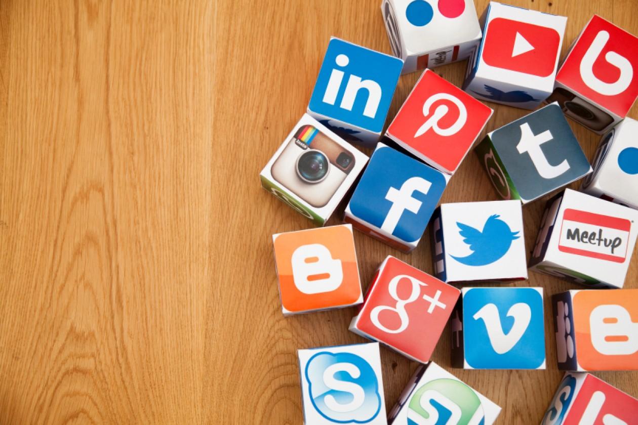 5 Reasons Why Artists Need Social Media