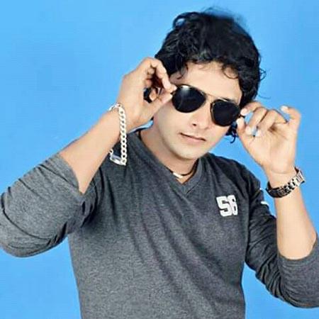 Azad Aashik