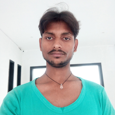 Singer Shiv Darshan Yadav 8935072423